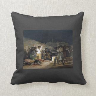 Goya-Execução de Francisco dos defensores de Madri Travesseiros