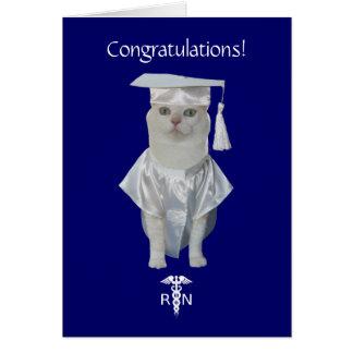 Graduação engraçada customizável dos cuidados do cartão comemorativo