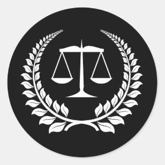 Graduação preta/branca da escola de direito do adesivos em formato redondos