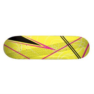 Gráfico cor-de-rosa e amarelo shape de skate 20,6cm