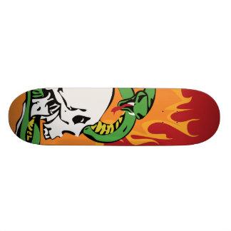 Gráfico do cobra e do crânio shape de skate 21,6cm