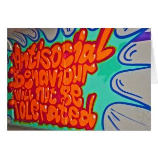 Grafites em um cartão de metro