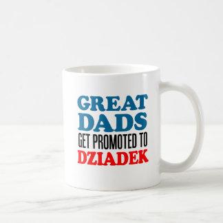 Grandes pais promovidos à caneca de Dziadek