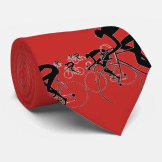 Gravata A bicicleta retro mostra em silhueta o vermelho