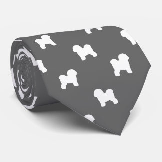 Gravata Bichon Frise mostra em silhueta o teste padrão