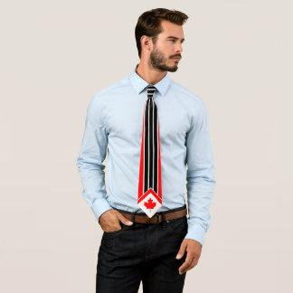 Gravata Bordo canadense em riscas brancas pretas vermelhas