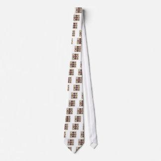 Gravata Caixa com doces de chocolate
