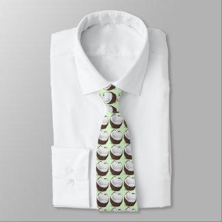 Gravata coco tropical. Luz - fundo verde