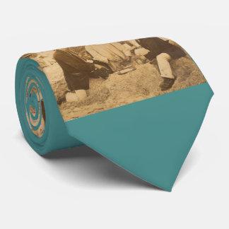 Gravata divertimento 1914 na praia em Alemanha RPPC