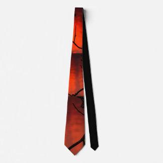 Gravata Escuro - por do sol alaranjado com o laço preto