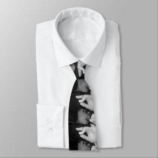 Gravata Fixado