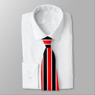 Gravata Listras brancas e pretas vermelhas