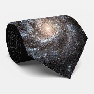 Gravata NASA da galáxia espiral do Pinwheel M101