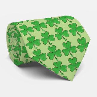 Gravata O dia irlandês de Patrick de santo do trevo verde