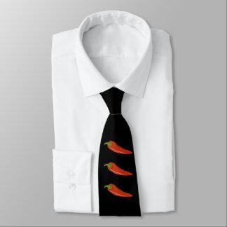 Gravata Pimentas vermelhas de George Miller do OPUS três