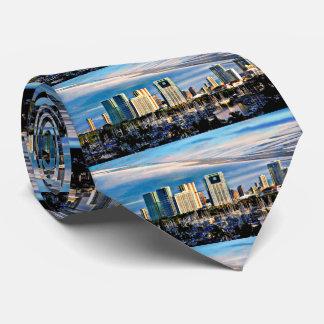 Gravata Skyline de Honolulu e laço dos homens do porto