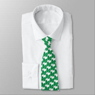 Gravata Teste padrão verde do trevo de Patricks do santo