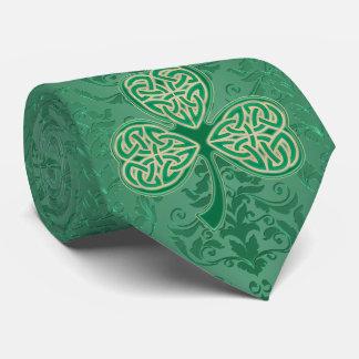 Gravata Trevos verdes irlandeses do dia de um St Patrick
