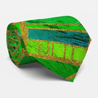 Gravata Verde geométrico e teste padrão tribal africano do