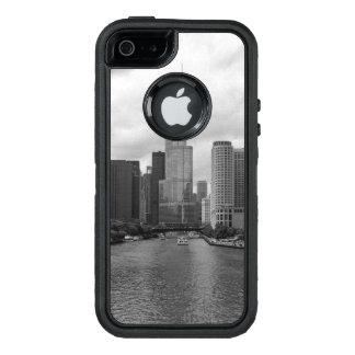 Grayscale de Chicago River da torre do trunfo