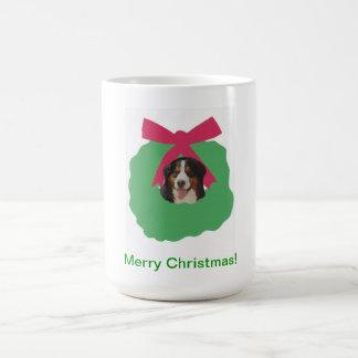 Grinalda do feriado do cão de montanha de Bernese Caneca De Café