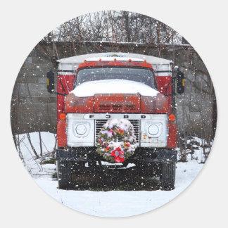Grinalda do Natal em etiquetas do caminhão