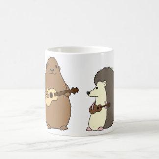 Groundhog, ouriço, e caneca dos Ukuleles