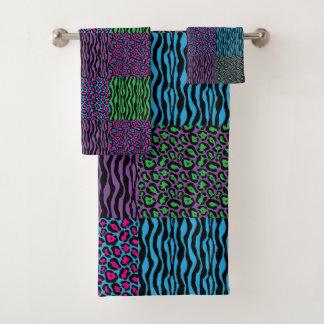 Grupo animal colorido chique de toalha do