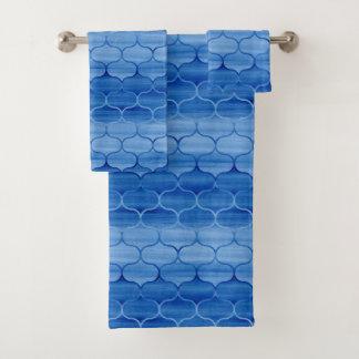 Grupo azul bonito de toalha do teste padrão de