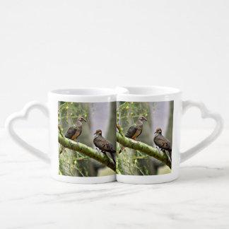 Grupo da caneca de café das pombas do amor