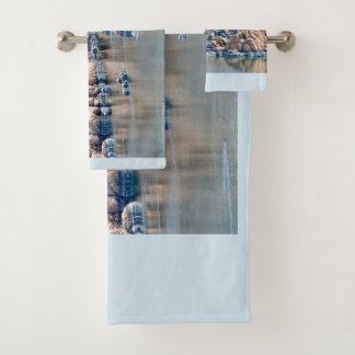 Grupo de toalha do banheiro do lago Watson