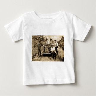 Grupo do trilho do vintage cerca de 1890s-1910 tshirts