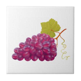 Grupo saboroso de uvas vermelhas