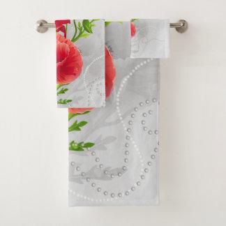 Grupo vermelho artístico de toalha do banheiro das