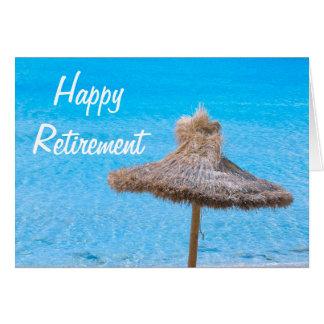 Guarda-chuva de praia feliz da aposentadoria cartão comemorativo