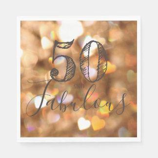Guardanapo De Papel 50 e fabuloso. Aniversário. Corações dourados