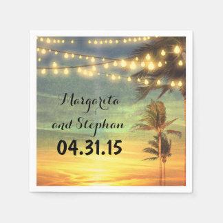 Guardanapo De Papel A corda ilumina o casamento de praia do por do sol