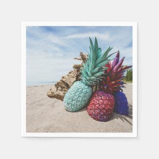 Guardanapo De Papel Abacaxis coloridos em um Sandy Beach