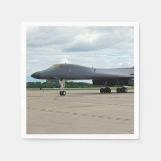 Guardanapo De Papel Bombardeiro do lanceiro de B-1B na terra