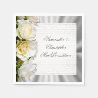 Guardanapo De Papel Casamento floral e de prata de rosa branco