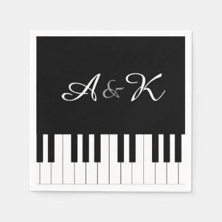 Guardanapo De Papel O casamento da música do teclado de piano ajustou