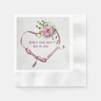Guardanapo De Papel o coração cor-de-rosa da fita do casamento com