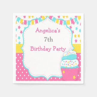 Guardanapo De Papel O cupcake e polvilha a festa de aniversário