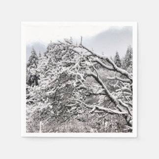 Guardanapo de papel padrão dos ramos nevado