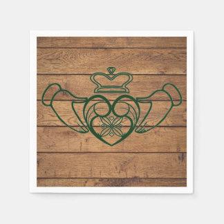 Guardanapo De Papel Textura rústica da madeira de Claddagh do céltico
