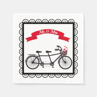 Guardanapo em tandem do casamento da bicicleta