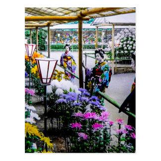 Gueixa na mostra de flor em Yokohama velho Japão Cartão Postal