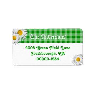Guingão verde e etiquetas de endereço feitas sob
