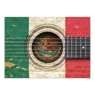 Guitarra acústica velha com bandeira mexicana convites personalizados