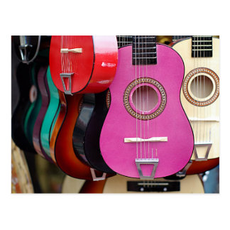 Guitarra cor-de-rosa cartão postal